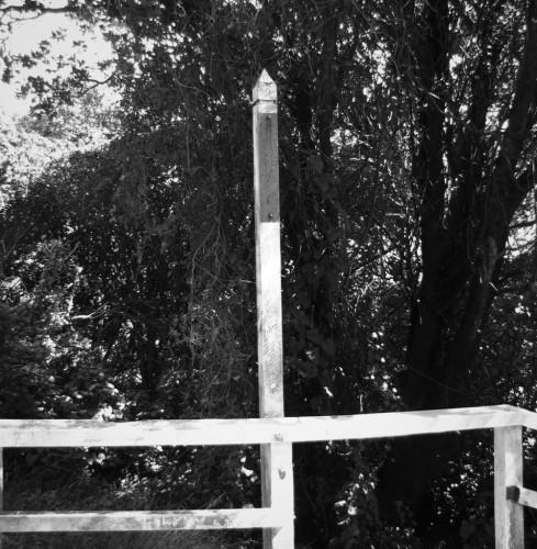 Signpost without a sign, Salamanca Rd